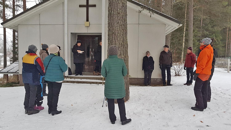 Pyhäipäivän kynttilän sytytys Murtolahden hautasmaahan 2019 haudattujen muistolle-